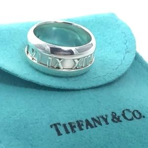 Auth Tiffany & Co Atlas Roman Wide Ring Size 5